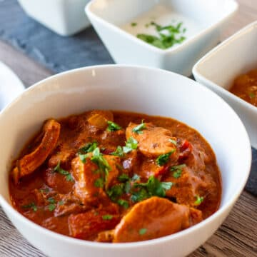 Slow Cooker Butter Chicken and condiments