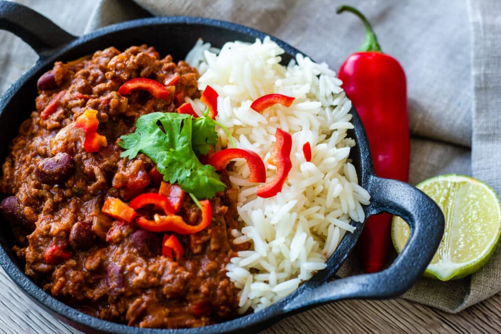 Slow Cooker Chilli con Carne with a chilli and lime