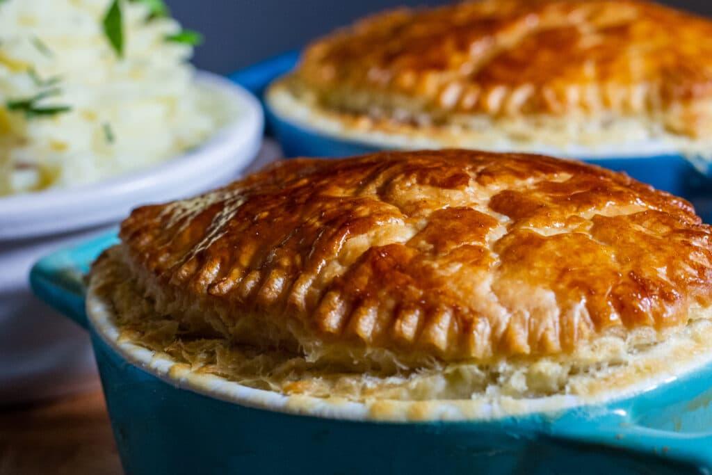 Slow Cooker Steak Pie and mash potato